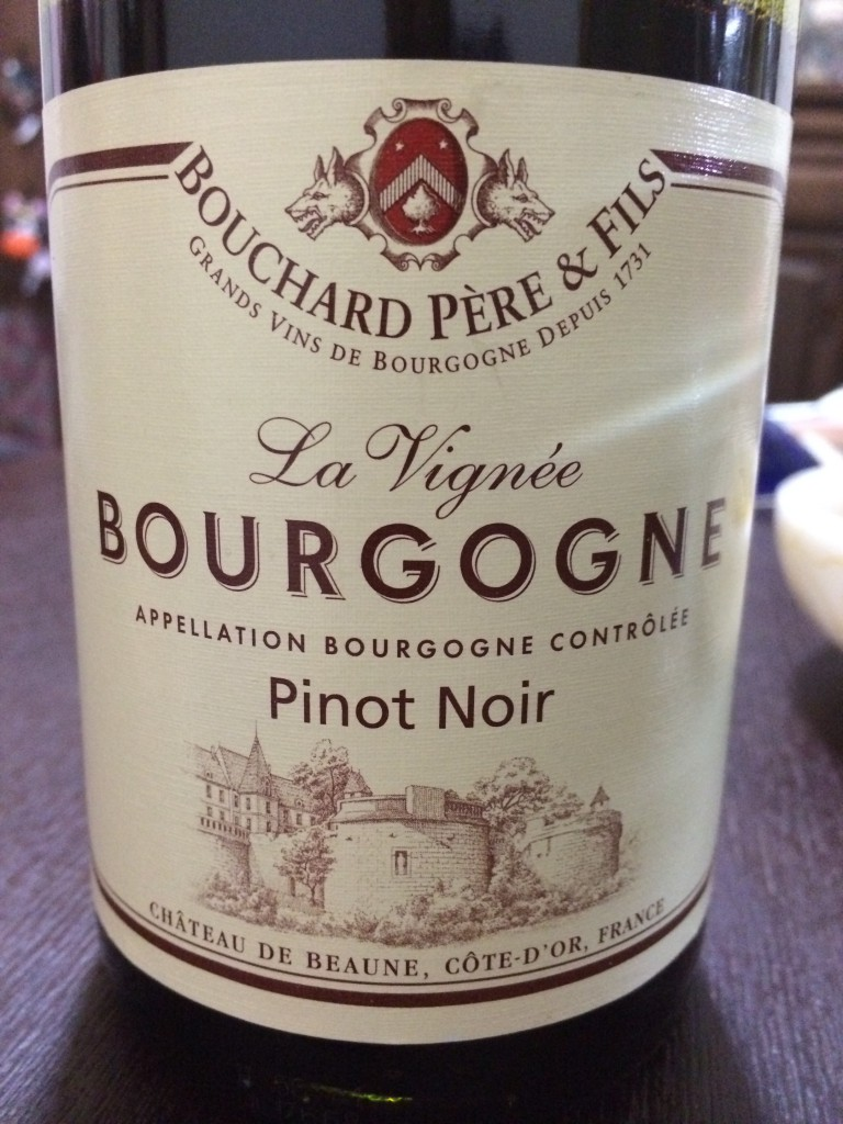 ワイン1本目:ブルゴーニュ・ピノノワール・ラヴィニェ