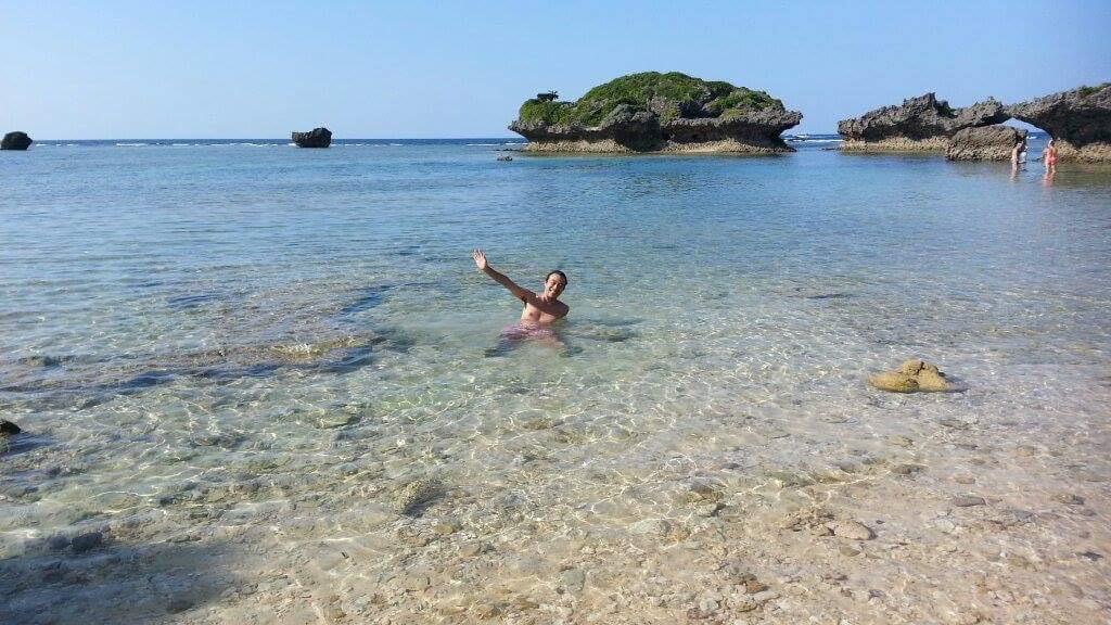 11月に沖縄の海に入る