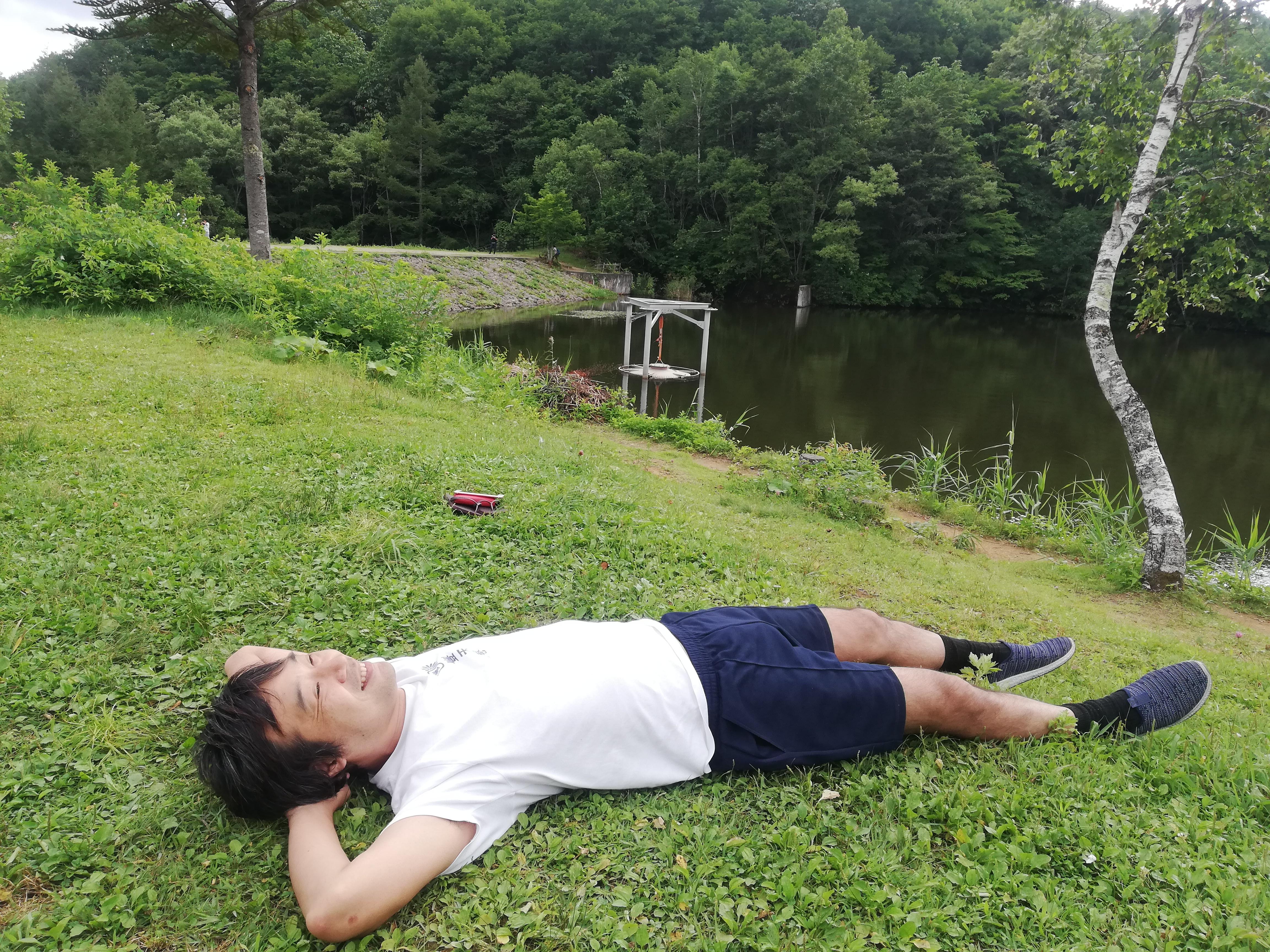 8月26日、長野県の鏡池にて