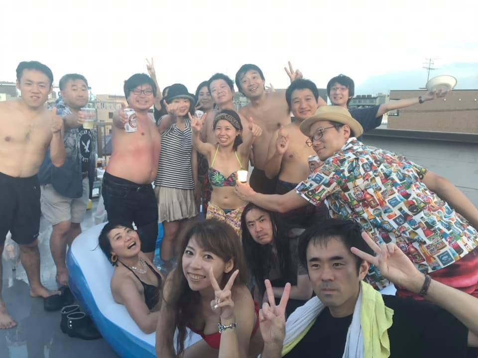 MAZARIBA川崎で屋上プール&BBQ