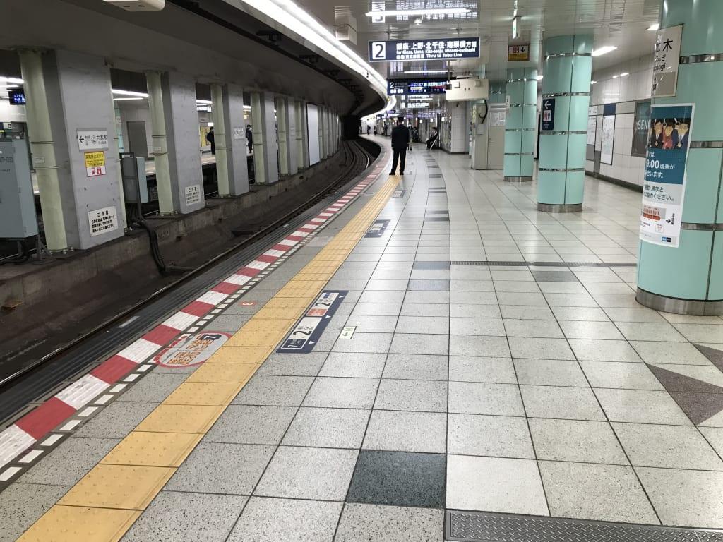 六本木駅からは人が消えた(4月11日)
